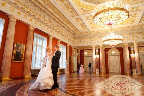 Свадьба в усадьбе Царицыно