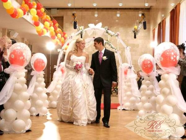 Оформление свадеб шарами