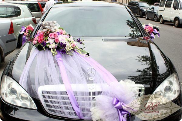 Украшение цветами свадебного кортежа