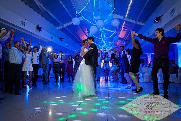 Световое обеспечение свадьбы