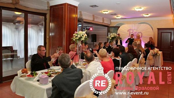 svadba_vitaliya_i_yulii_s_toboi_idti_odnim_putem_09