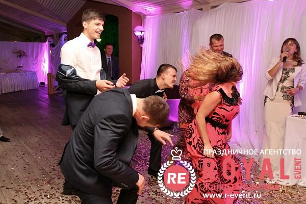 svadba_vitaliya_i_yulii_s_toboi_idti_odnim_putem_16